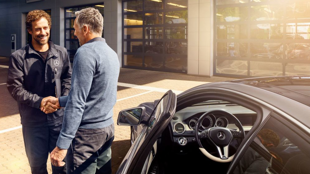 Mercedes-Benz Servicing Care Plans with Mercedes-Benz Inchcape