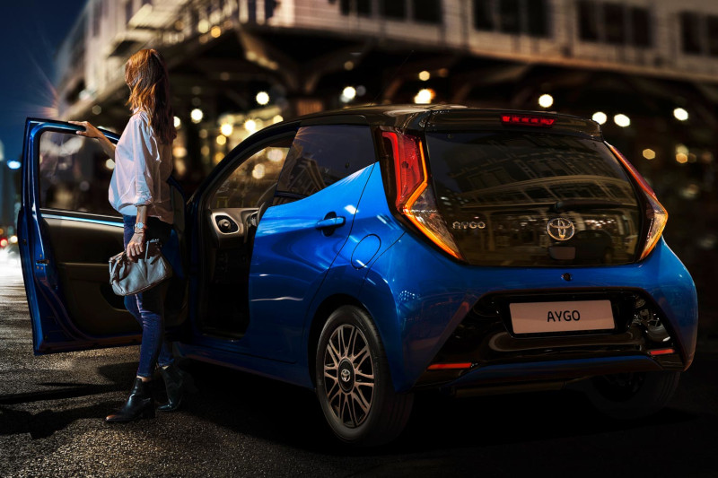 Aygo Carousel Three